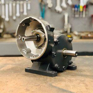 E438-F2 Gearbox, 58 ratio, 30 RPM, .75HP max input, F-2