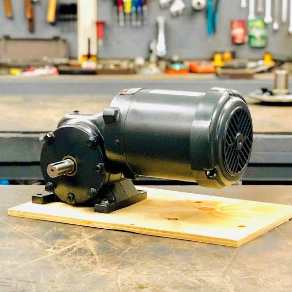 CE86-E433 Gearmotor, .33HP, 21 ratio, 84 RPM, 56-6, F-1