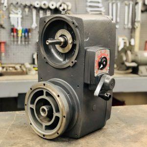 E742, 15 Frame, 500-4000 RPM, VAM Type, C-Flow Assembly, 5HP Max Input